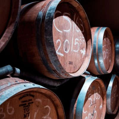 alcohol-barrels-basement-2440529